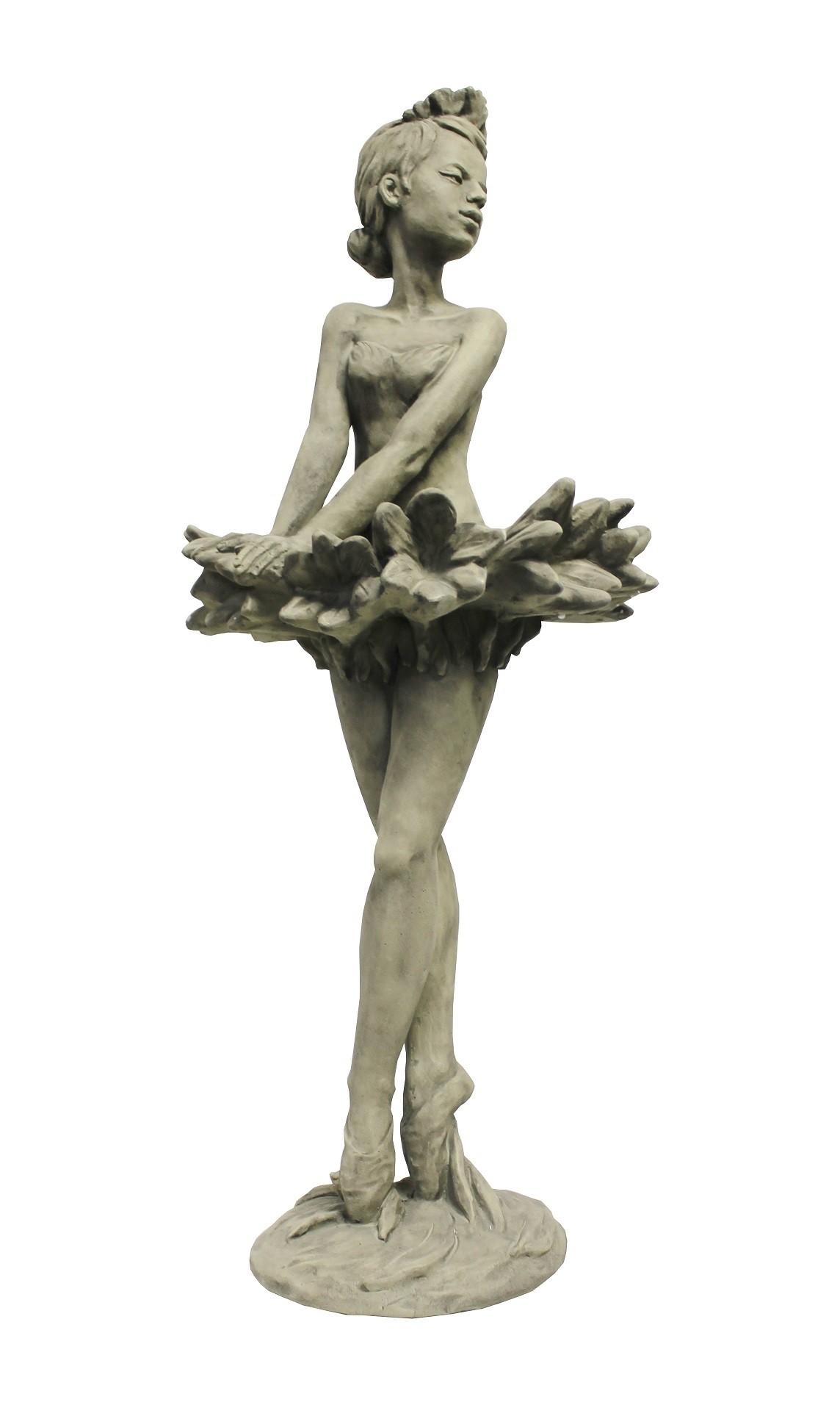 Skulptur Blütendame Kornblume