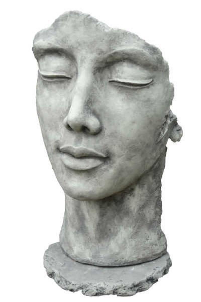 Skulptur Gesicht Frau Steinguss