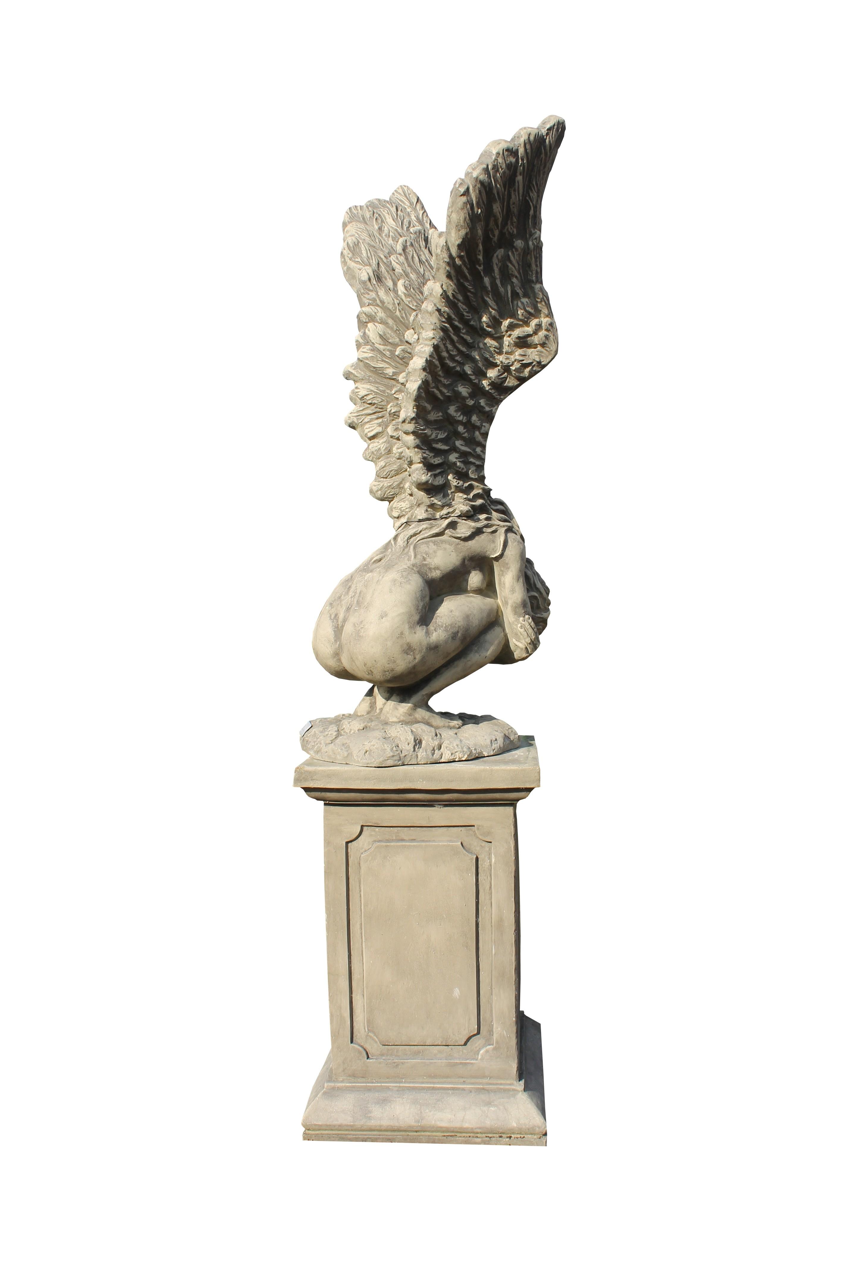 Skulptur Engel Rachel + Sockel Steinguss 114cm