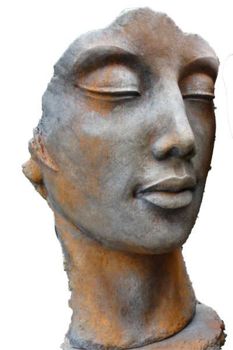 Skulptur Gesicht Frau Rosteffekt