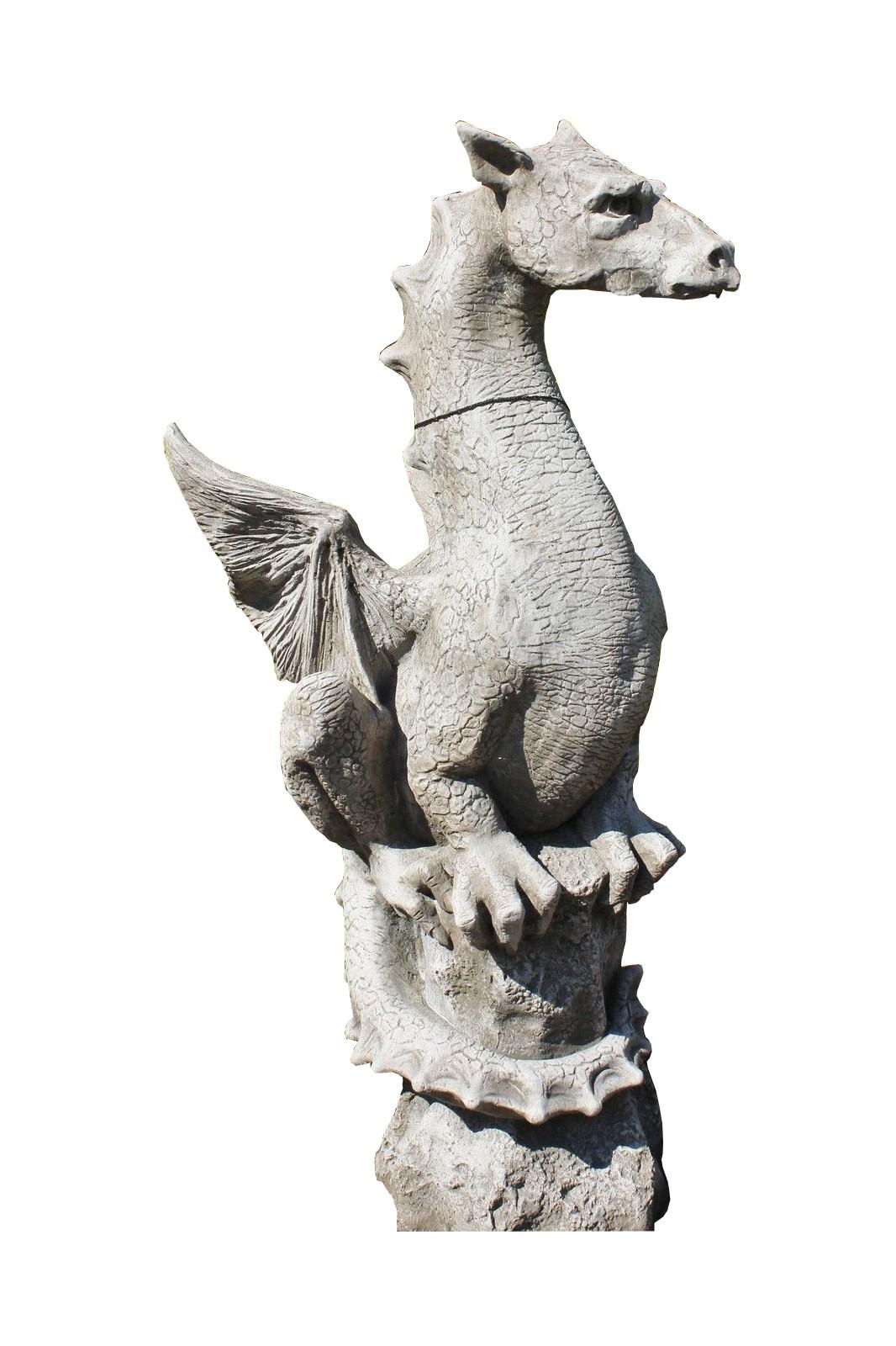 "Skulptur Drache auf Fels ""Halvard"""