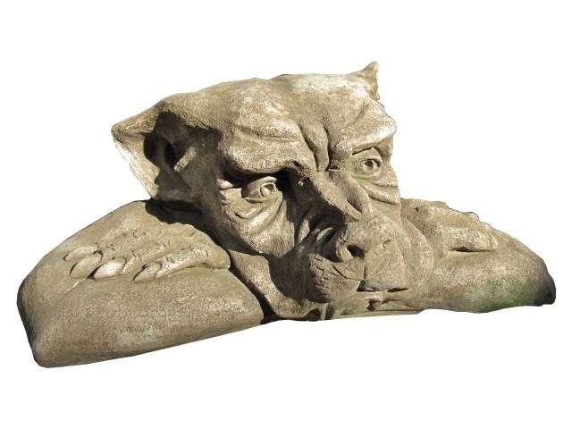 Skulptur Gargoyle Fensterhocker Steinguss antik